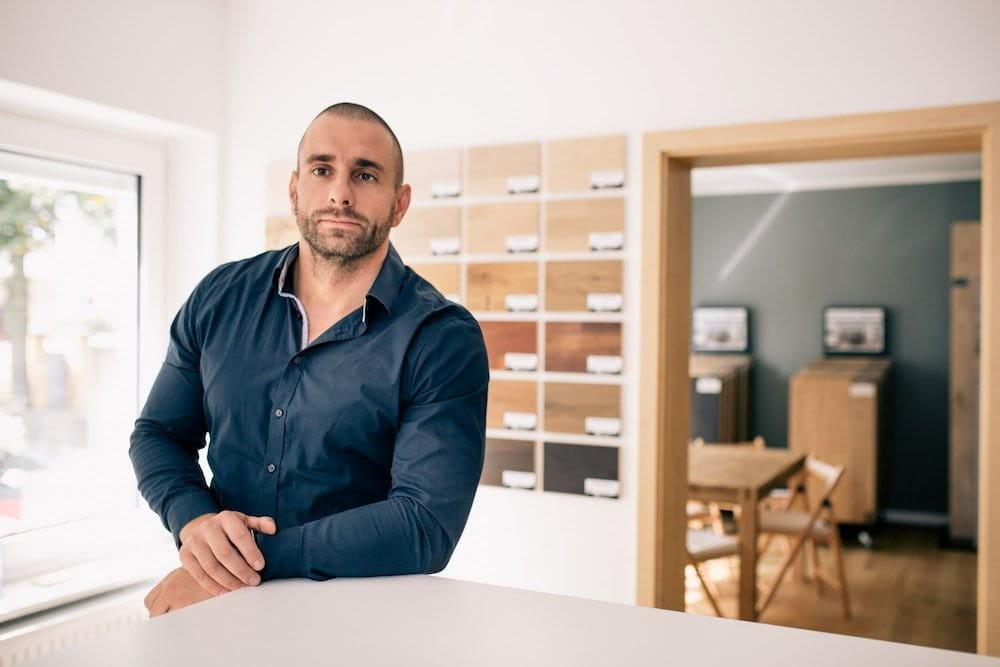 Inhaber Stefan Domke von Domke Parkett GmbH in Berlin